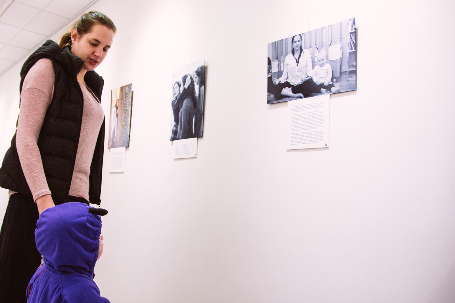 Yali-Szulanski-Weiss and her daughter Zoey both take look at a photo of themselves. It's part of 'The Embodyment of Jewish Femininity,' a photo project created by Brooklyn native Aviva Braun, a social worker specializing in eating disorders and body image issues.