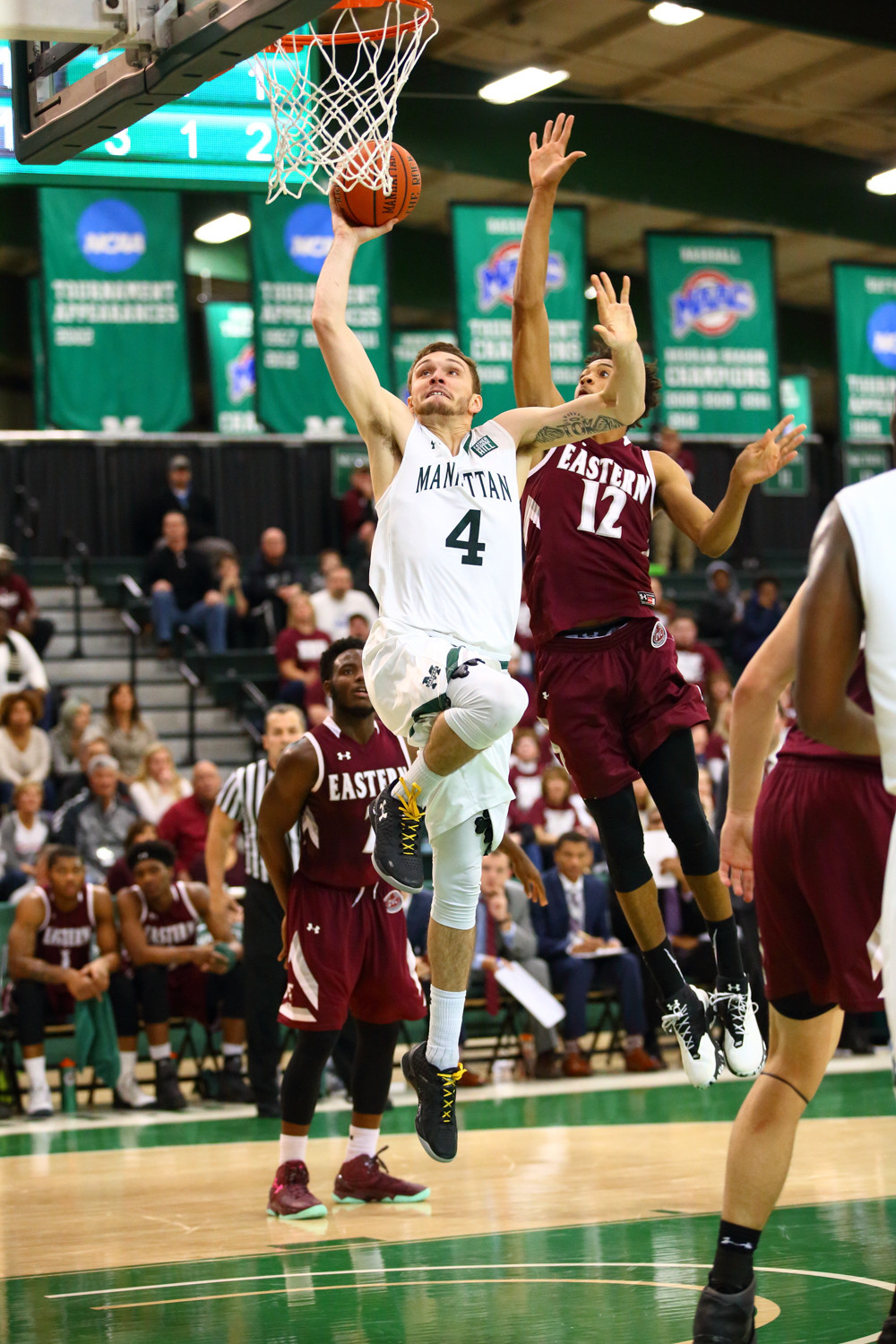 Jaspers senior Zane Waterman (4), who averaged 14.5 points and a team-best 7.0 rebounds last season, will look to lead Manhattan back to the top of the MAAC this season.