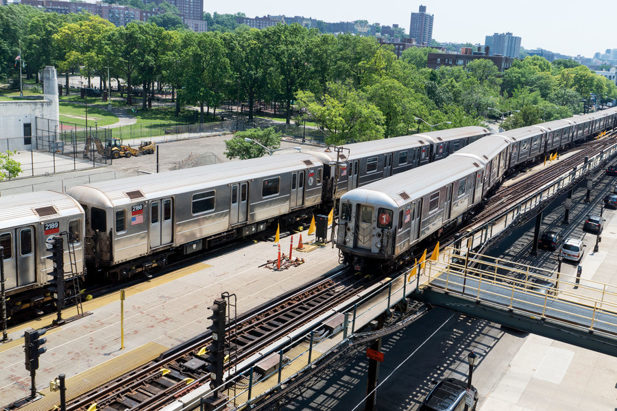 Both 1 trains and A trains will suffer service disruptions this weekend.