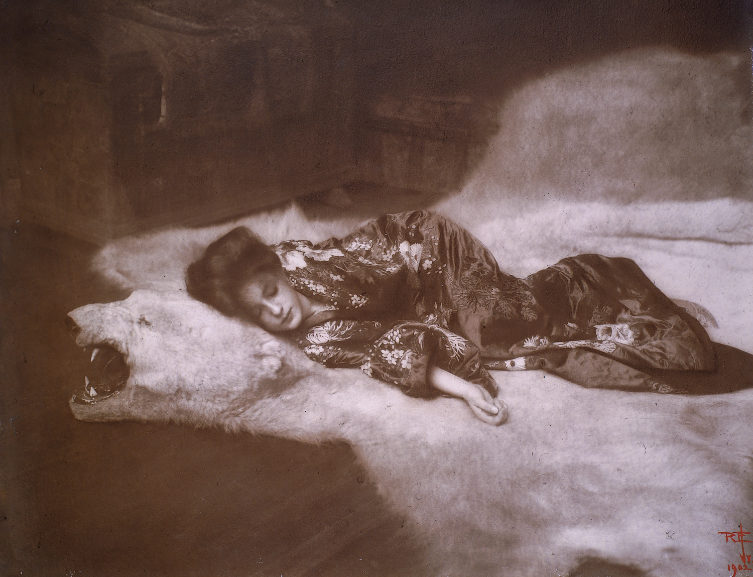Artist Rudolf Eickemeyer Jr. was inspired by John White Alexander's 'Azalea' to create 'In My Studio,' a portrait of a woman named Evelyn Nesbit. An architect named Stanford White commissioned the piece in 1918 because he was in love with Nesbit. Now, it serves as a lesson on portraiture at the Hudson River Museum.