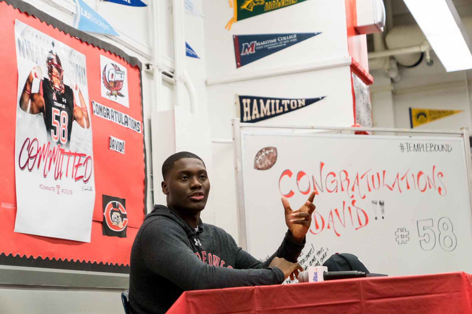Clinton High School defensive end David Nwaogwugwu makes it official, he's off to Temple on a football scholarship.