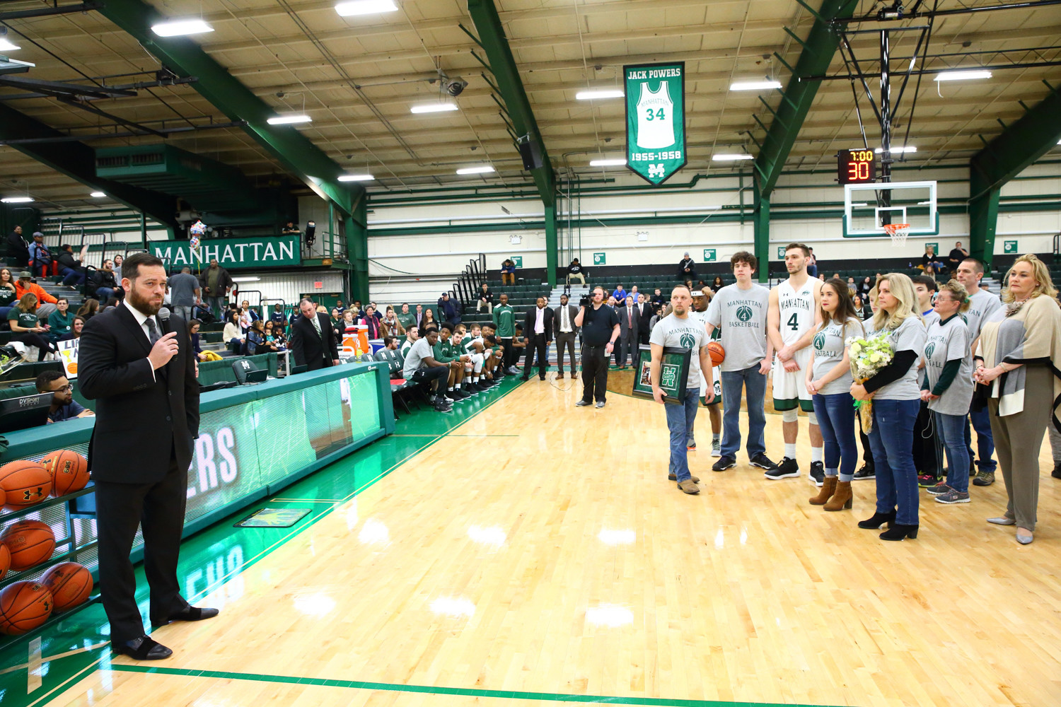 College head coach Steve Masiello addresses his outgoing senior class of Zane Waterman, Zavier Turner, Rich Williams and Calvin Crawford at Manhattan's recent Senior Day festivities.