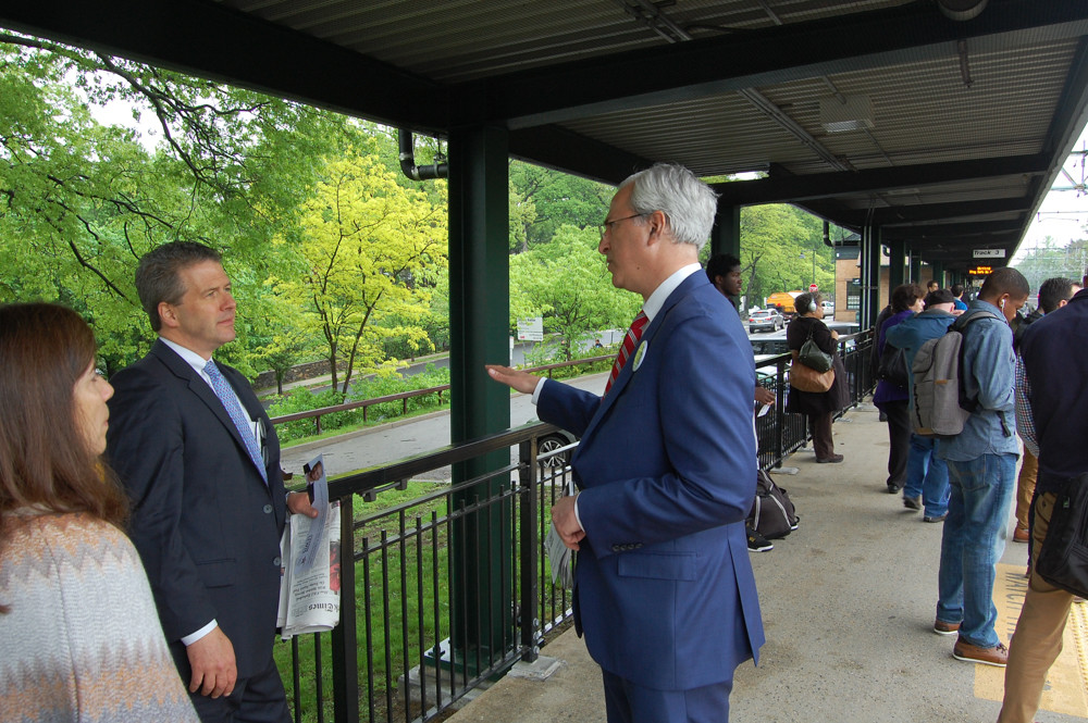 Jonathan Lewis speaks with residents at the Pelham Metro-North station in his campaign as a Democratic primary challenger to U.S. Rep. Eliot Engel for his 16th congressional district seat. Lewis claims Engel is in the pocket of political action committees tied to big pharma and sugar.