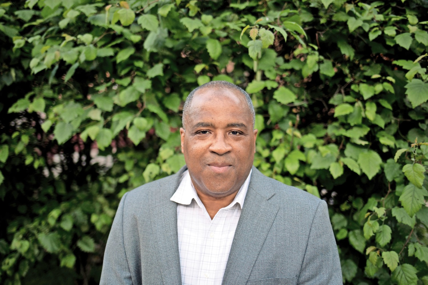 Tony Edwards has lived in Marble Hill Houses his whole life, and in the last several years, he has been actively working to improve conditions there. On May 26, he will lead a neighborhood clean-up to help get garbage off the streets.