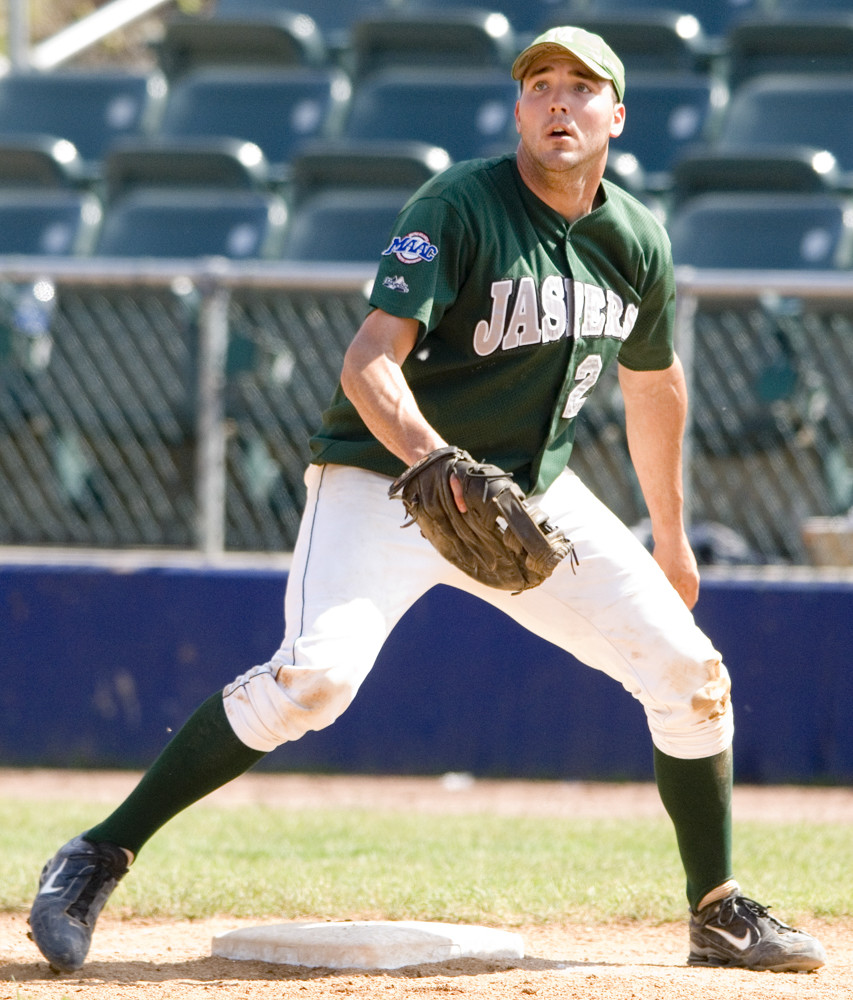 Former Manhattan College first baseman, Matt Rizzotti, part of the Jaspers' 2006 NCAA Tournament team, will be inducted into the school's Athletic Hall of Fame in November.