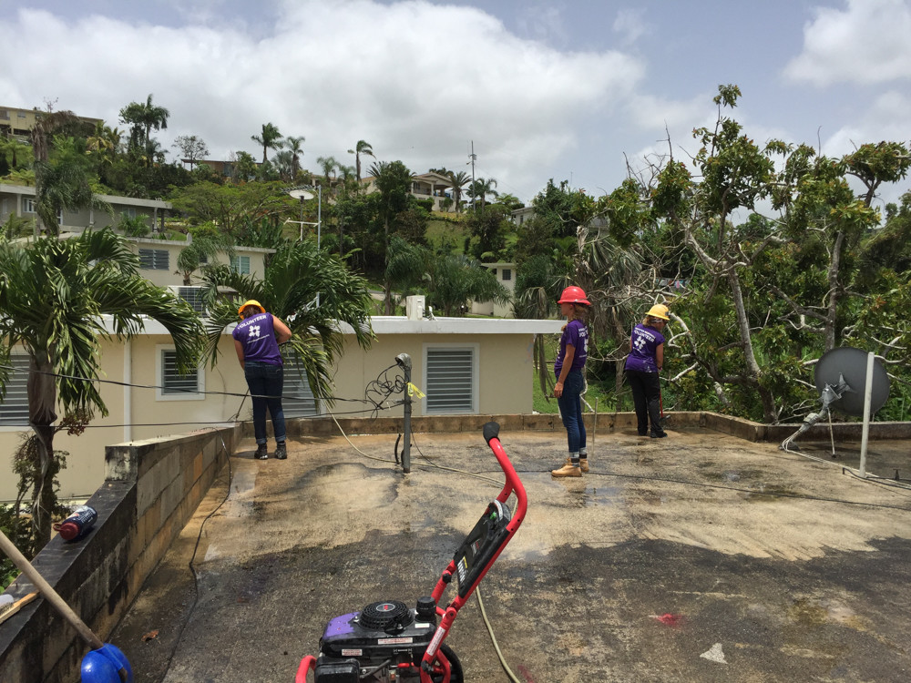 Thirteen students from CUNY, including two from Lehman College, traveled to Puerto Rico to help with relief efforts. The relief program stems from a partnership between Gov. Andrew Cuomo and CUNY Service Corps, 'NY Stands with Puerto Rico.'