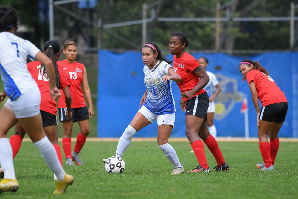 Lehman senior Daisy Gomez, who leads the Lightning in scoring, hopes her final season will end with an elusive CUNYAC championship.