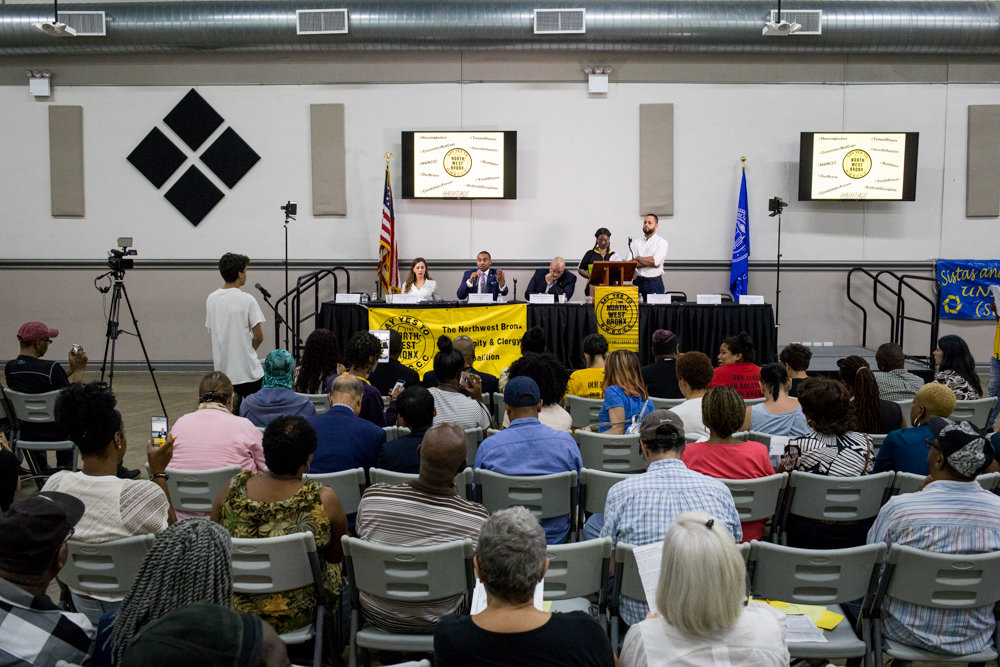 A nonpartisan candidates forum on Aug. 22 organized by the Northwest Bronx Community and Clergy Coalition aimed to push more residents to the polls in the September primary and in November's general elections. Voting in New York can be a hassle, which is something Gov. Andrew Cuomo aims to simplify this year.