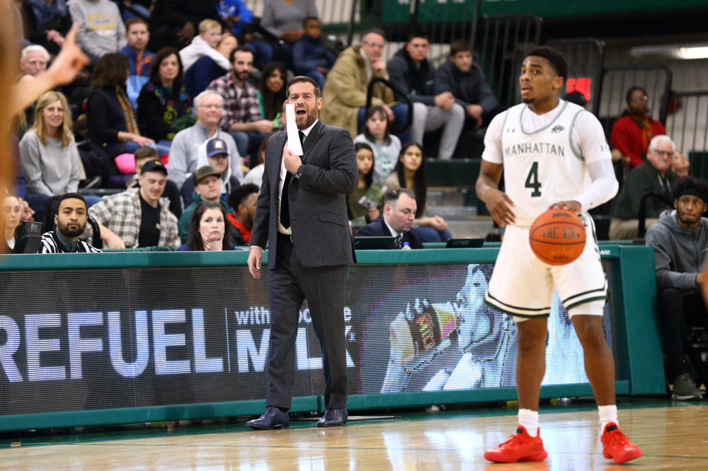 Manhattan head coach Steve Masiello barks instructions to freshman guard Samir Stewart during the Jaspers' victory over St. Peter's last Saturday.