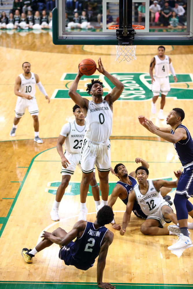 Warren Williams, one of seven freshmen on the Manhattan roster, will get his first taste of the postseason when the Jaspers travel to Albany for the Metro Atlantic Athletic tournament this week.