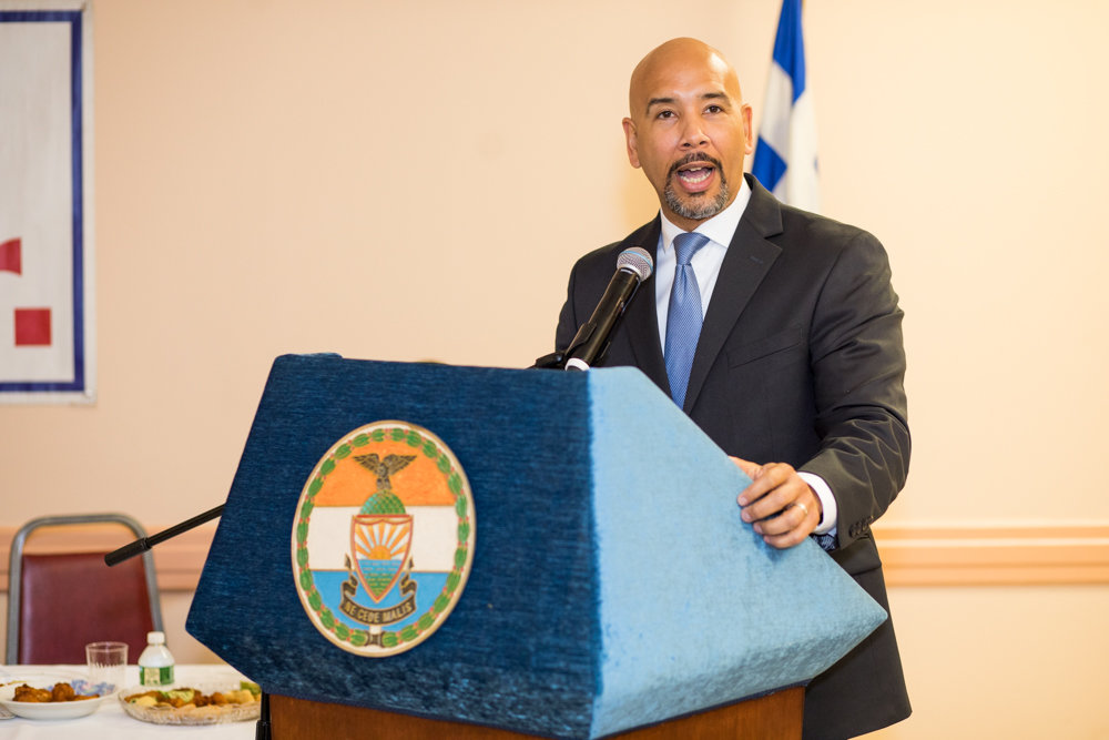 Bronx borough president Ruben Diaz Jr., at an evening celebrating Greek heritage, speaks about the vibrance and importance of the local Greek community.