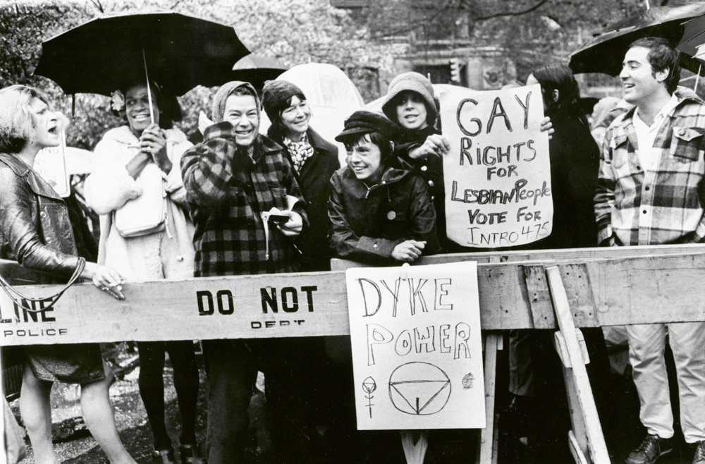 Diana Davies photographed a 1973 demonstration for gay rights at City Hall.