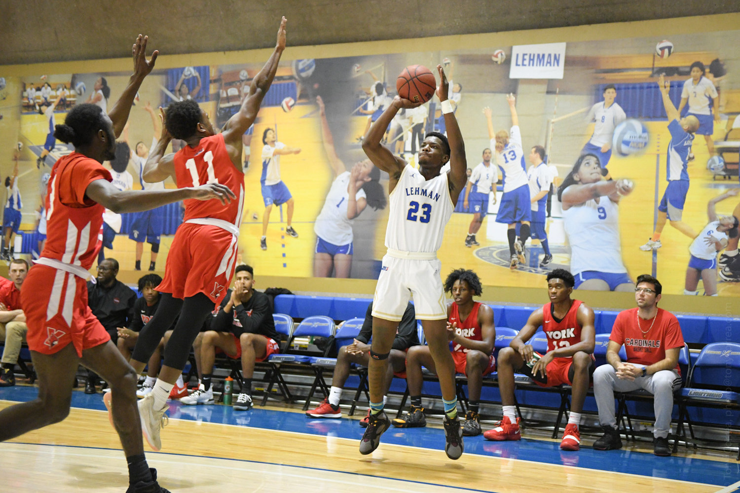 Lehman College junior Isaiah Geathers scored a combined 29 points in the Lightning's two games last week, finishing 1-1 in CUNYAC play.