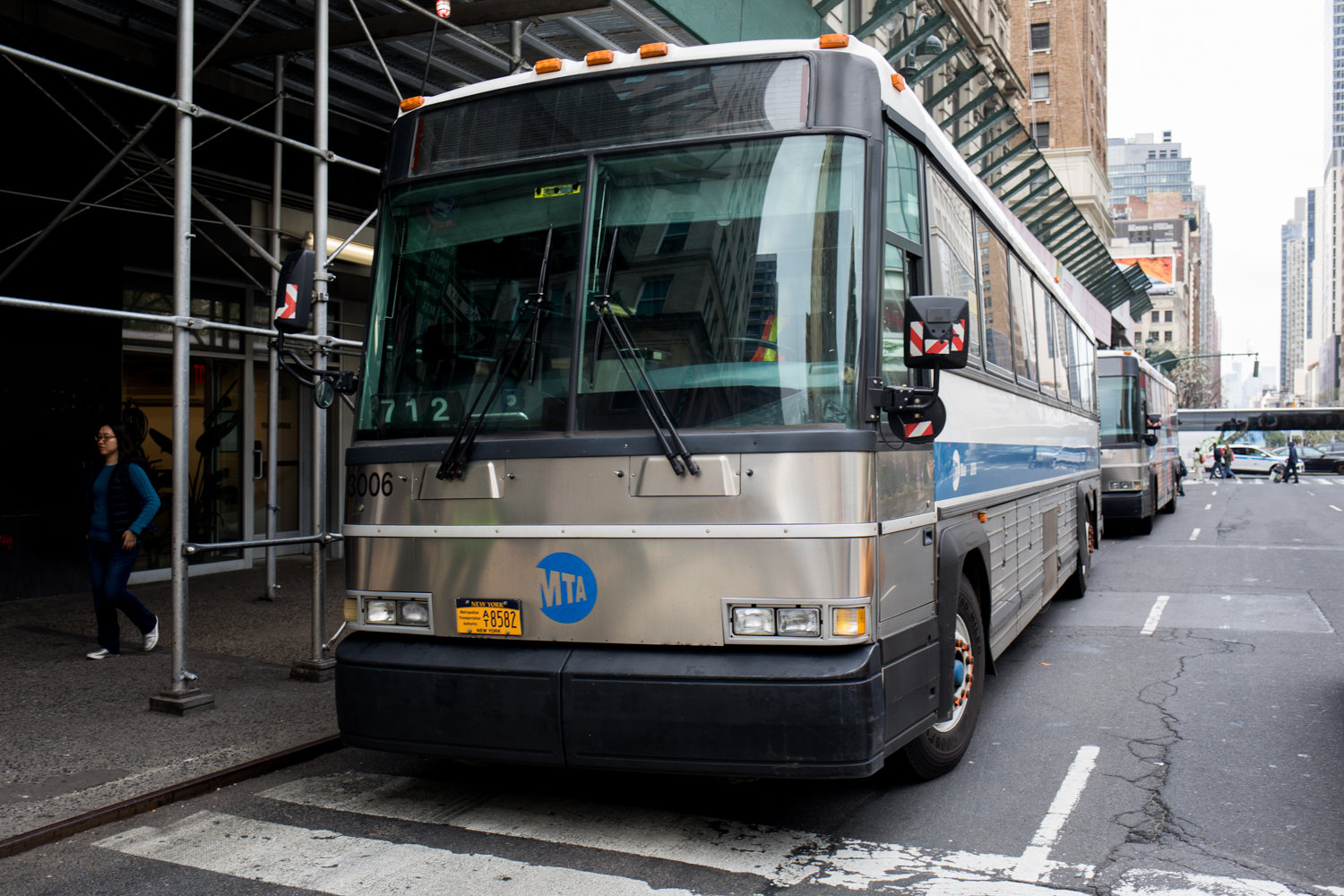 Express bus service to Manhattan during off-peak hours might go the way of the dinosaur as part of the Metropolitan Transportation Authority's redesign plan for the borough's bus network.