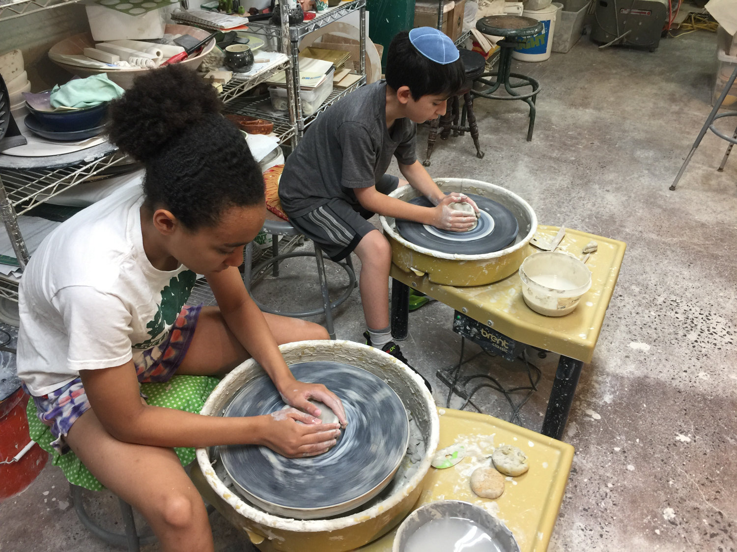 After going back to school for an art degree at Lehman College, Dan Harelick discovered his love of ceramics. After he graduated in 2012, he opened a studio in his Fieldston garage, sharing his passion with scores of students in the years since.