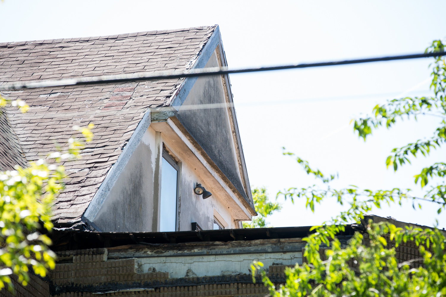 Just weeks after closing a deal to purchase the century-old home at 3377 Sedgwick Ave., new owner Anton Tinaj dealt with neighbor complaints about what they claimed was roof demolition in the middle of the coronavirus pandemic. Tinaj says it's simply a misunderstanding, and workers were just cleaning up the property.