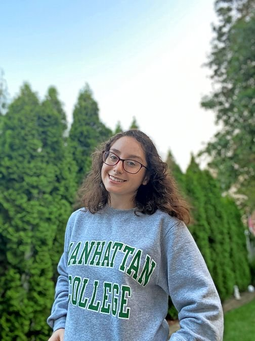 Lauren Saggese graduated from Manhattan College virtually this past spring. Now she'll continue on a post-secondary program with the college's O'Malley School of Business, picking up online right where she left off.
