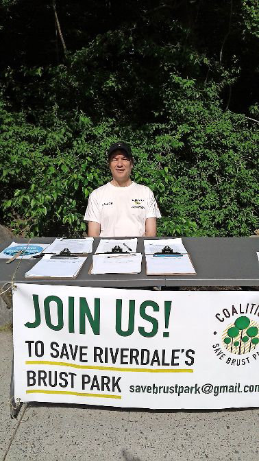 When some members of the community learned of plans to build a new residential building near a popular green space not far from Manhattan College, they formed the Coalition to Save Brust Park. The coalition gathered signatures in the neighborhood last year in an effort to express widespread disapproval of the project they say will damage the park.