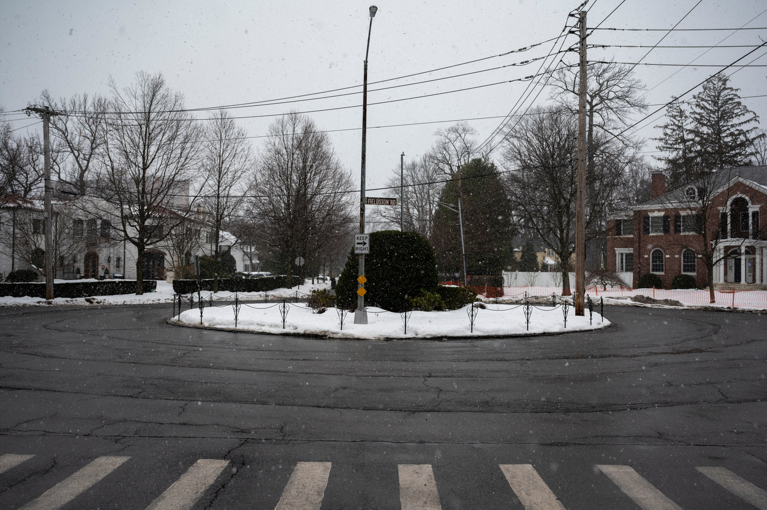 Roundabouts are few and far between in the city, but one exists locally at West 246th Street and Fieldston Road. A few community members proposed the idea of installing a roundabout at West 237th Street and Independence Avenue to halt reckless driving, but the idea proved a bit unpopular at a recent Community Board 8 traffic and transportation committee meeting.