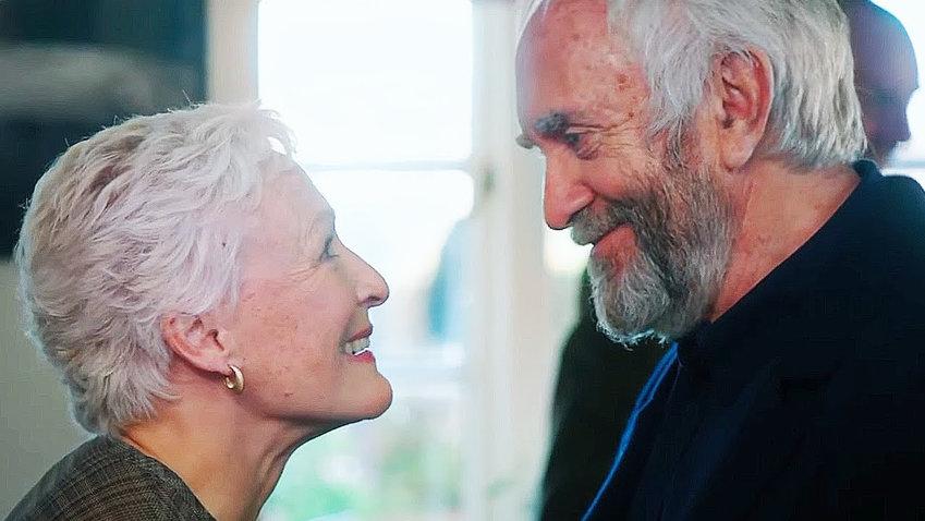 "FILM STARS — Glenn Close and Jonathan Pryce in ""The Wife"""