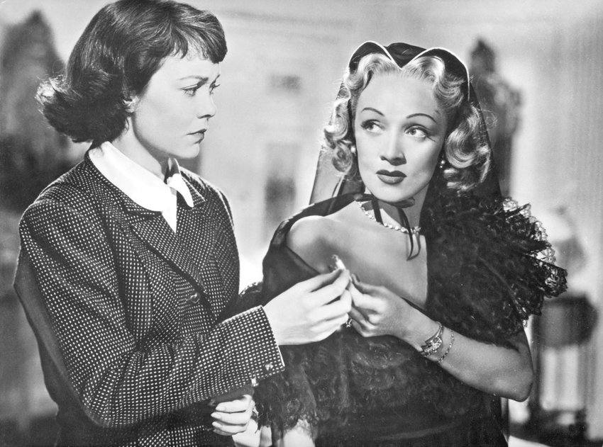 """HITCHCOCK CLASSIC — Jane Wyman and Marlene Dietrich in """"Stage Fright"""""""