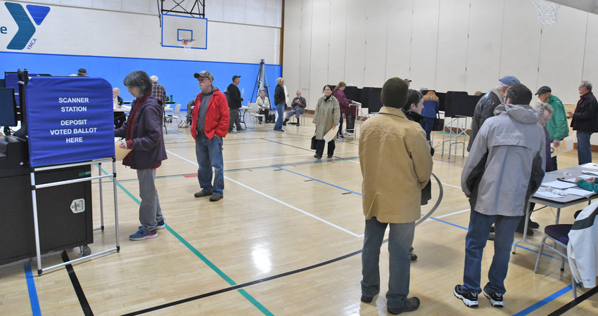 FIFTH WARD VOTING — Pictured is a recent voting in the Fifth Ward at the Rome Family YMCA.