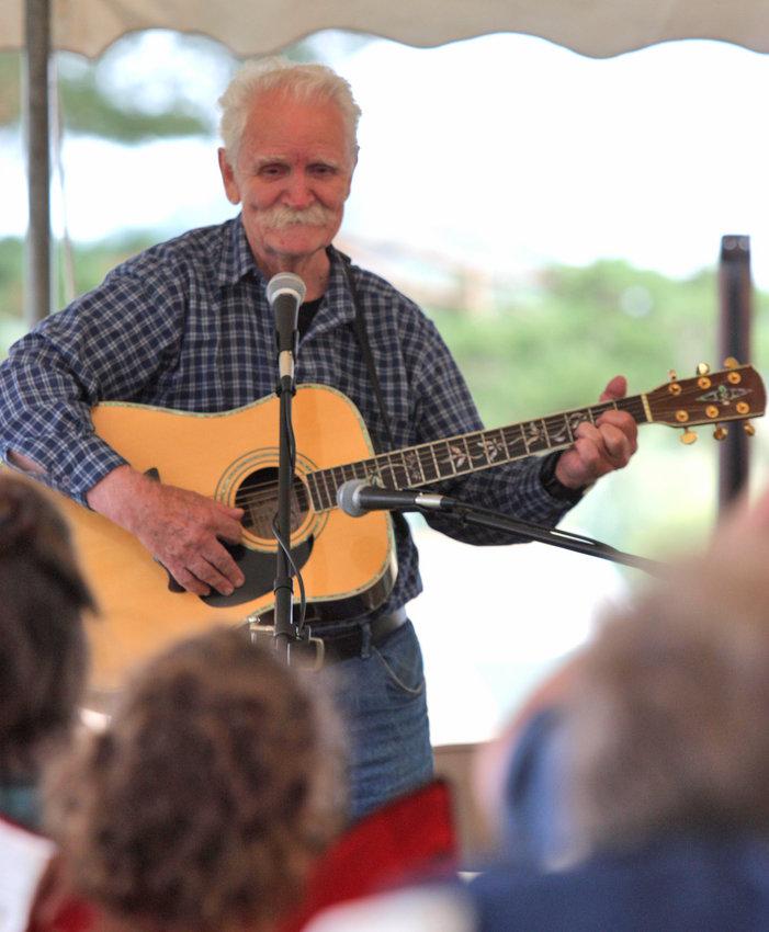 Storyteller and balladeer — Bill Smith