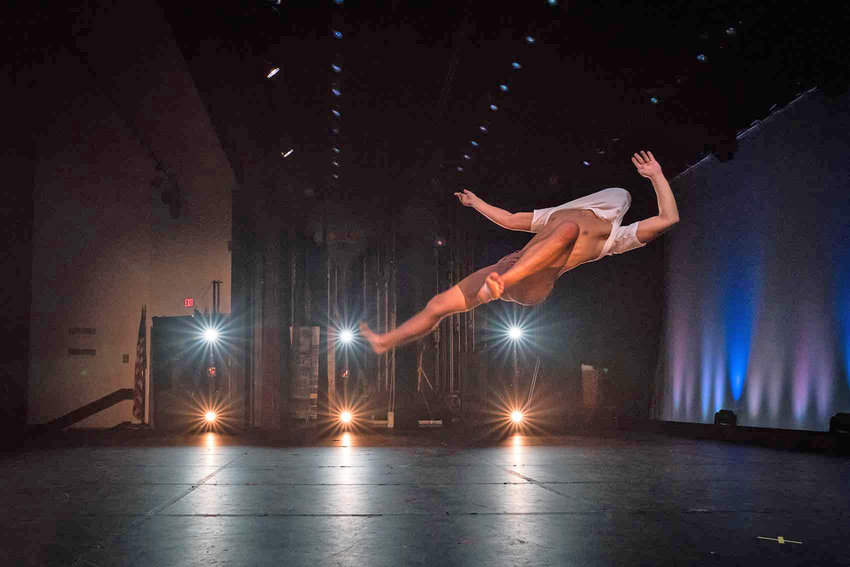 Phoenix Project — Phoenix Project Dance is known to present dances that are fresh and bold, and for their demanding partnering, featuring balance and counter-balance, innovative lifts, and daring throws.