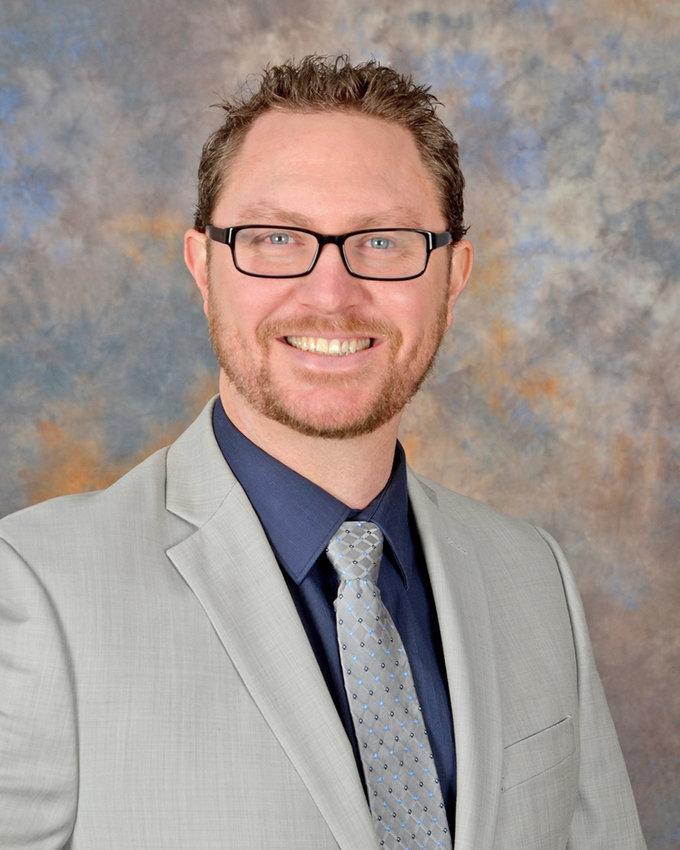 Dr. Samuel Molica