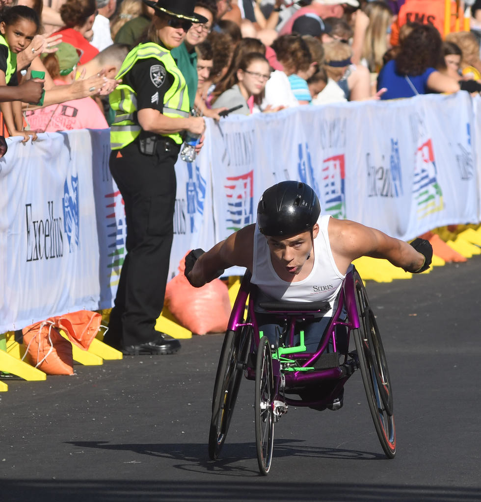 COMING DOWN THE STRETCH — Westmoreland's Jason Robinson finishes the wheelchair Boilermaker race on Sunday. Robinson was 13th in a field of 41 wheelchair racers.  (Sentinel photo by John Clifford)