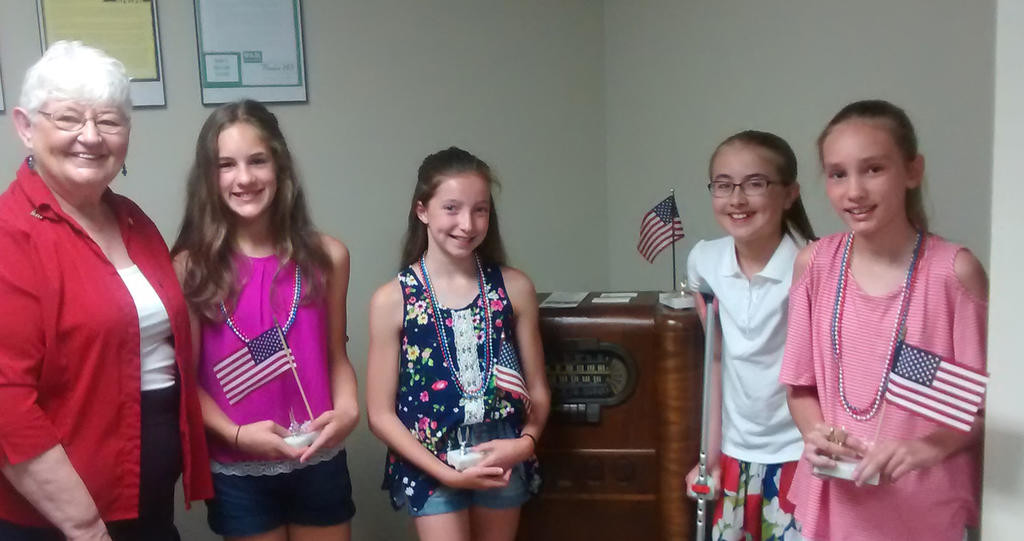 Essay Contests | Daughters of the American Revolution