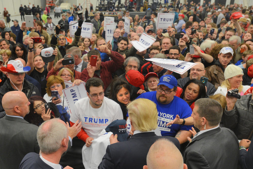 Trump signing autographes for his supporters after the rally  (Sentinel photo by John Clifford)