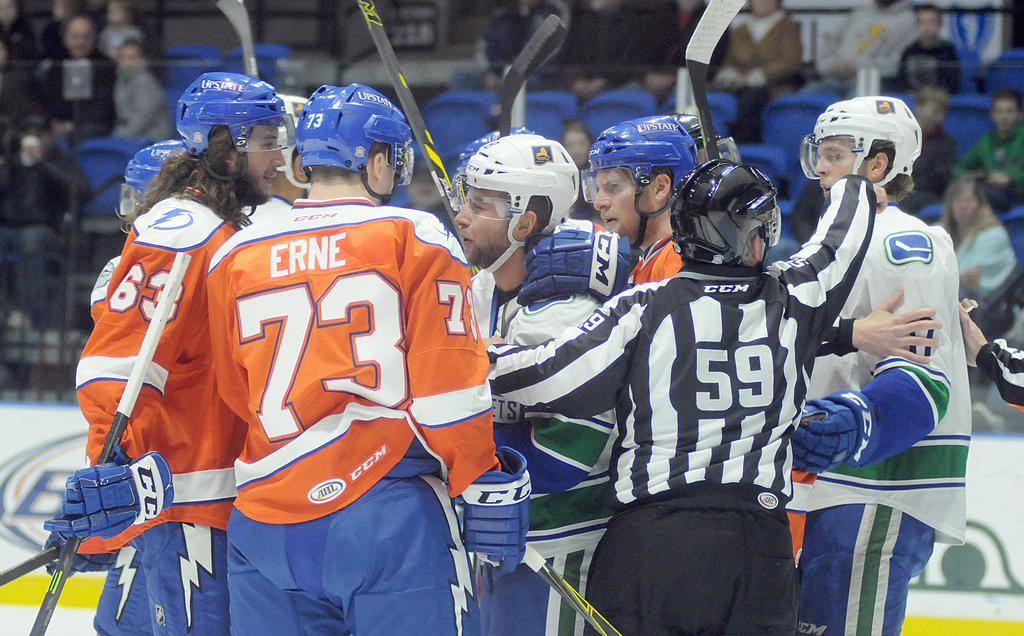 Comets Top Ahl Rival Crunch Rome Daily Sentinel