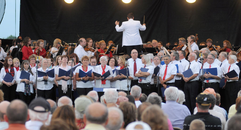 Syracuse Pops Concert performing with Symphony.  (Sentinel photo by Makenzi Enos)