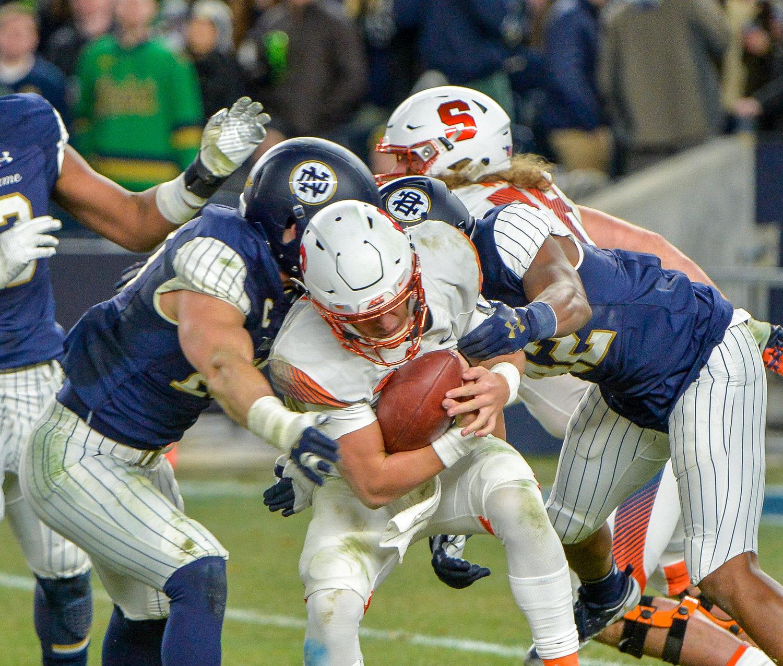 No  3 Notre Dame slams No  19 Syracuse at Yankee Stadium