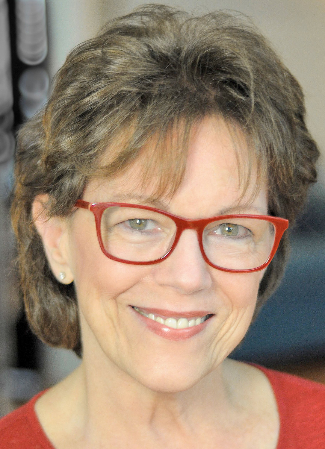 "ACCIDENTALLY FAMOUS — Voice Actor Susan Bennett, original voice of ""Siri"": 7 p.m. Schafer Theater, Information Technology Building, Utica Campus."