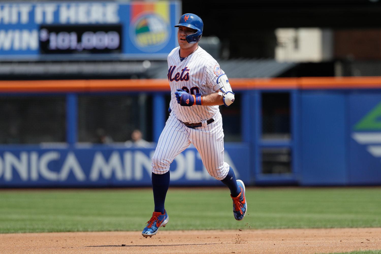 buy online 51dd7 21088 Surging Mets win again, sweep Marlins behind four homers ...