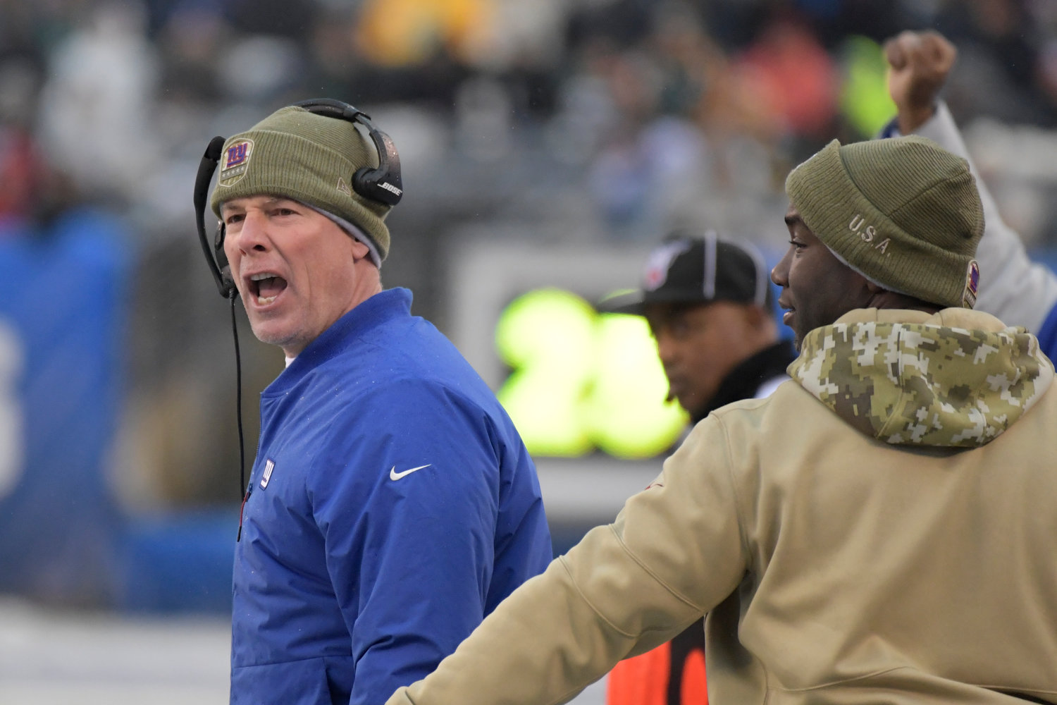 YELLING AT THE REFS — Giants head coach Pat Shurmur reacts during the second half of an NFL game against the Packers on Sunday in East Rutherford, N.J. The Giants lost 31-13.