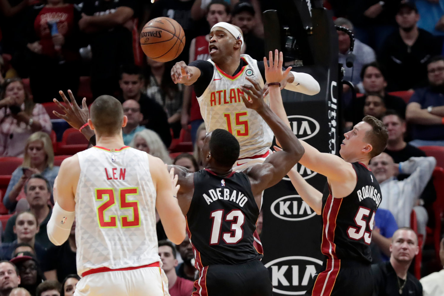 Heat Seal Ot Win Over Hawks With Late 22 0 Run Rome Daily Sentinel