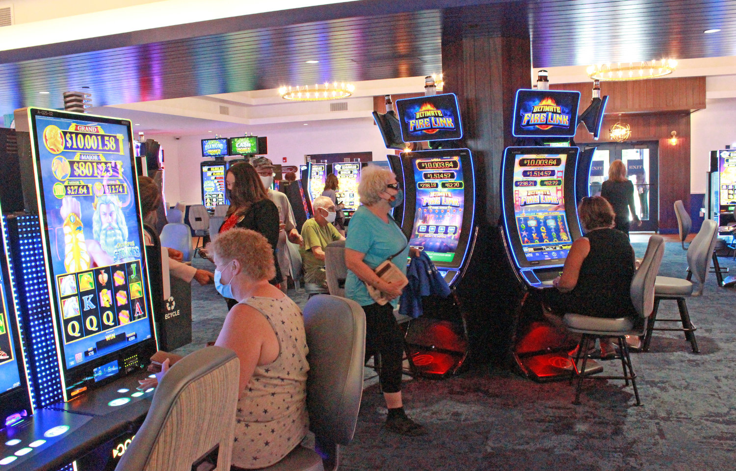 HIGH ROLLER — Guests of the Lake House at Sylvan Beach start betting at the machines for the first time at the Lake House's grand opening on Monday.