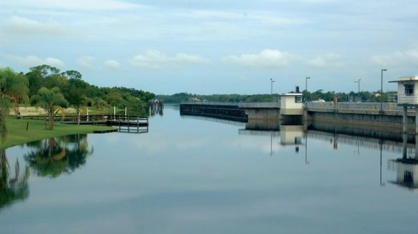 The Franklin Lock is 43.4 miles from the Moore Haven Lock.
