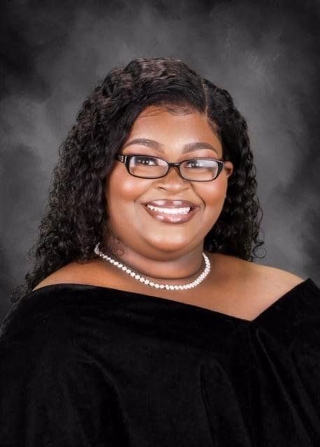 Kyla Miller, a senior at LHS, receives prestigious recognition as a QuestBridge scholar.