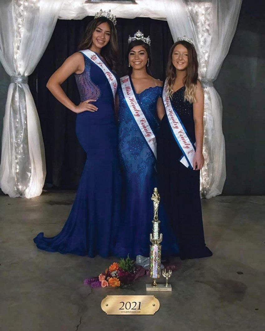The newly crowned 2021 queens: Miss Hendry County - Elyana Leon, Jr. Miss Hendry County - Aliana Smith, and Little Miss Hendry County - Braelyn.