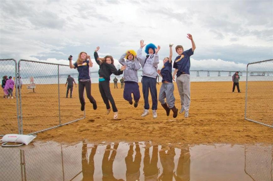 The Cool Schools Challenge encourages young people to show their support for Special Olympics by forming plunging teams among their peer group and raising funds for an exciting but chilly field trip.