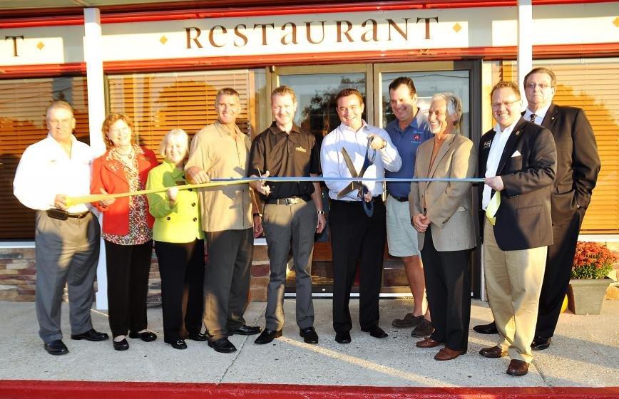 Primo Pasta Kitchen Celebrates Ribbon Cutting Pasadena