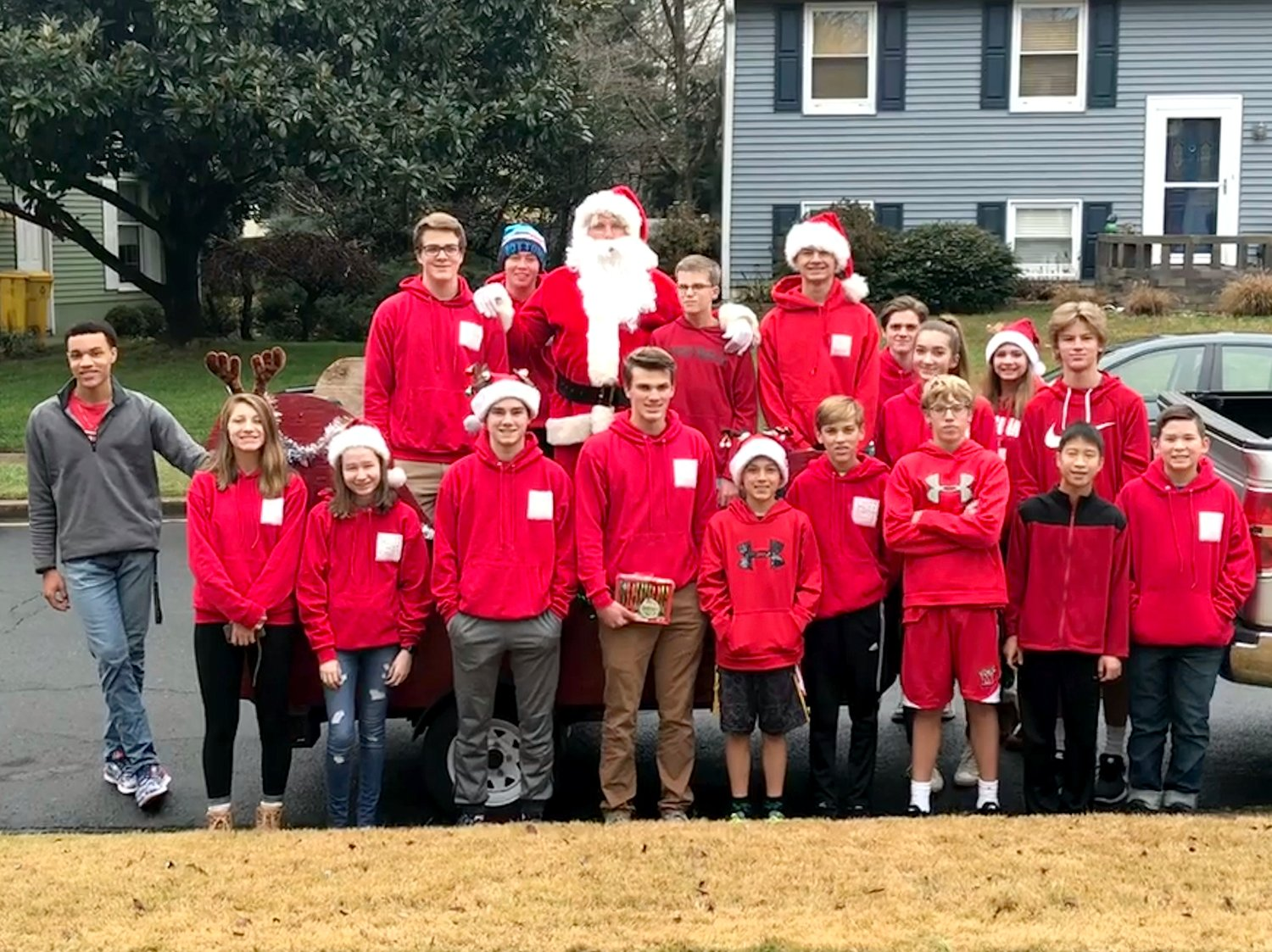 For more than a decade, teens who live near Riverdale Road have gathered toys and nonperishable food to help families in need of Christmas cheer.