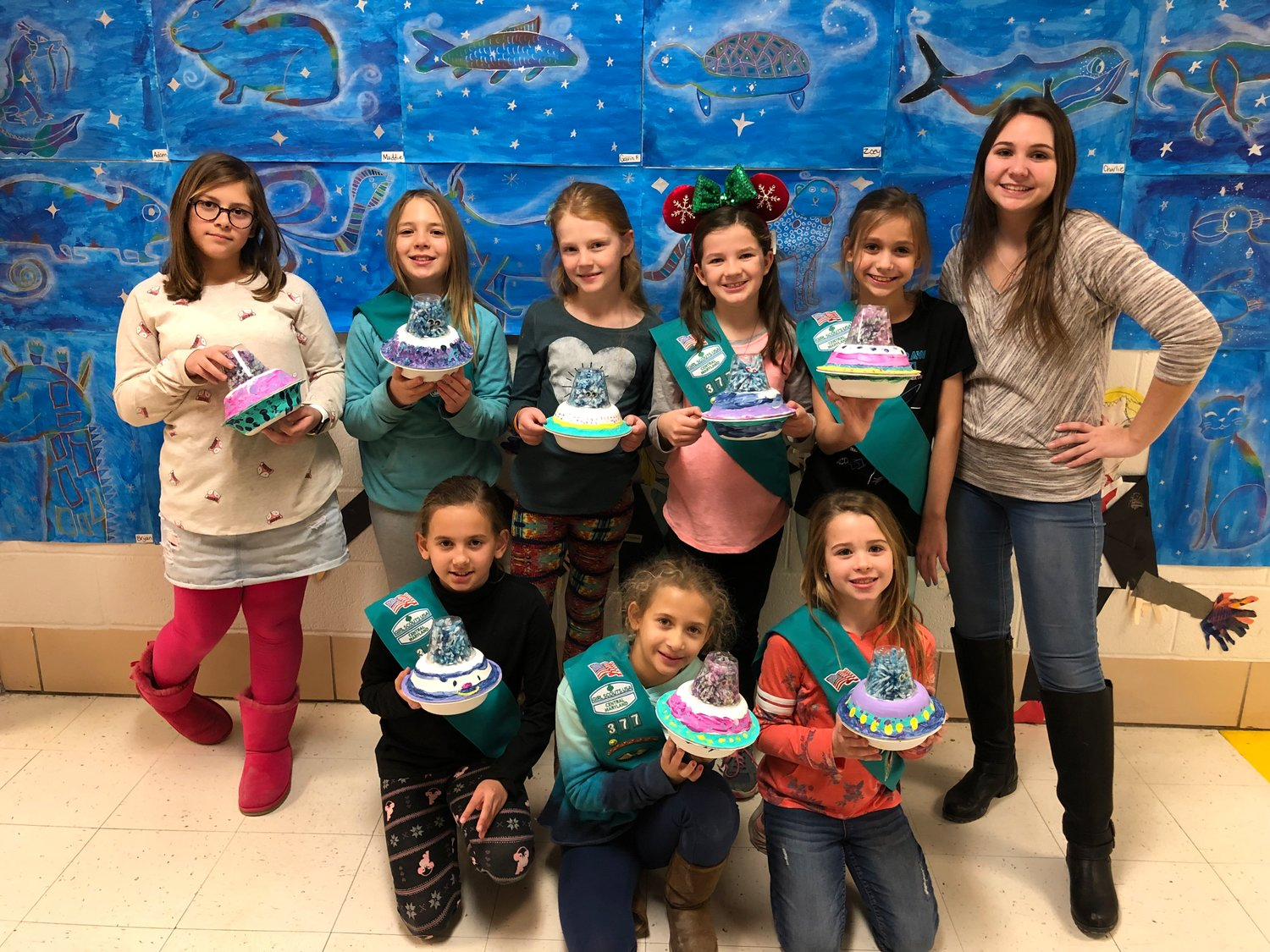 Taylor Paul returned to Pasadena this winter break to help local Girl Scouts earn their space investigator badges.