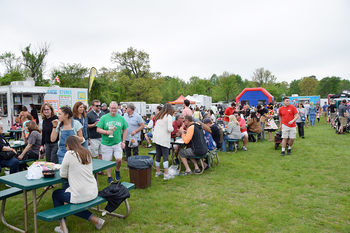 The festival treats attendees to games, food, live music, jousting, and arts and crafts, all while basking in the beauty of the Chesapeake Bay.