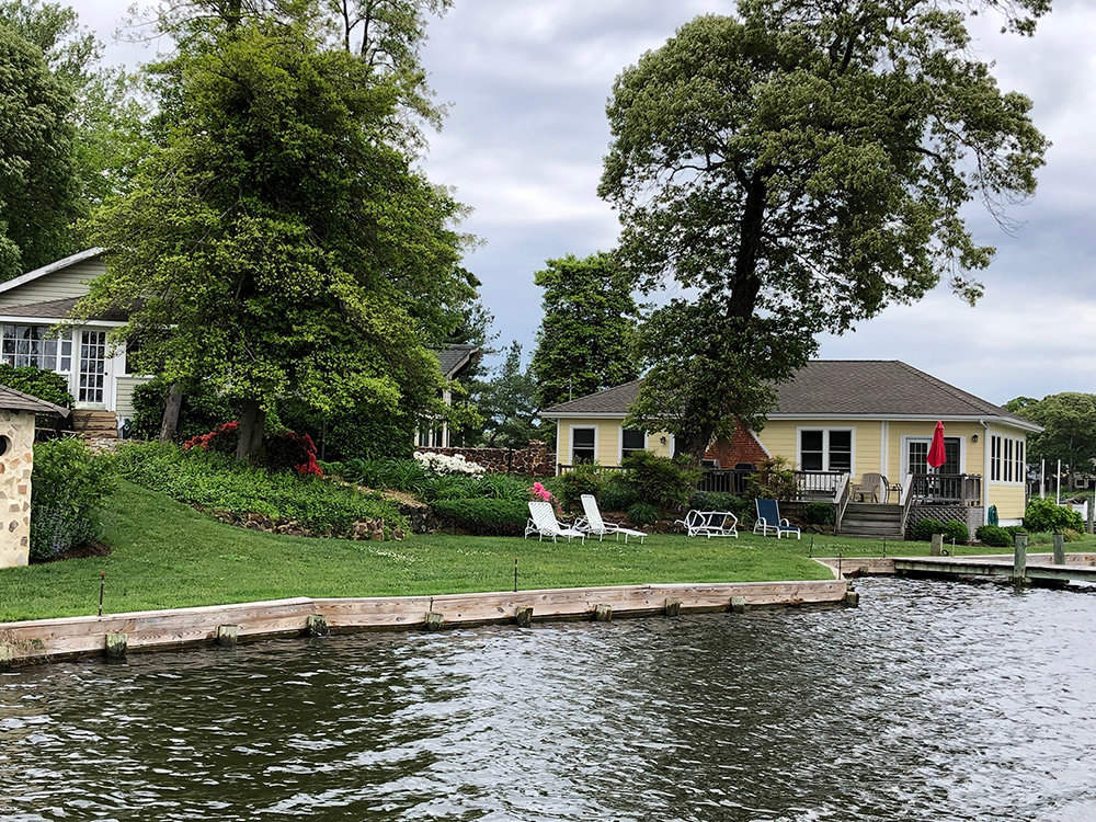 Established in the 1940s, this community doesn't boast flashy amenities because it doesn't have to; it's home to some of the most gorgeous waterfront property in the area.