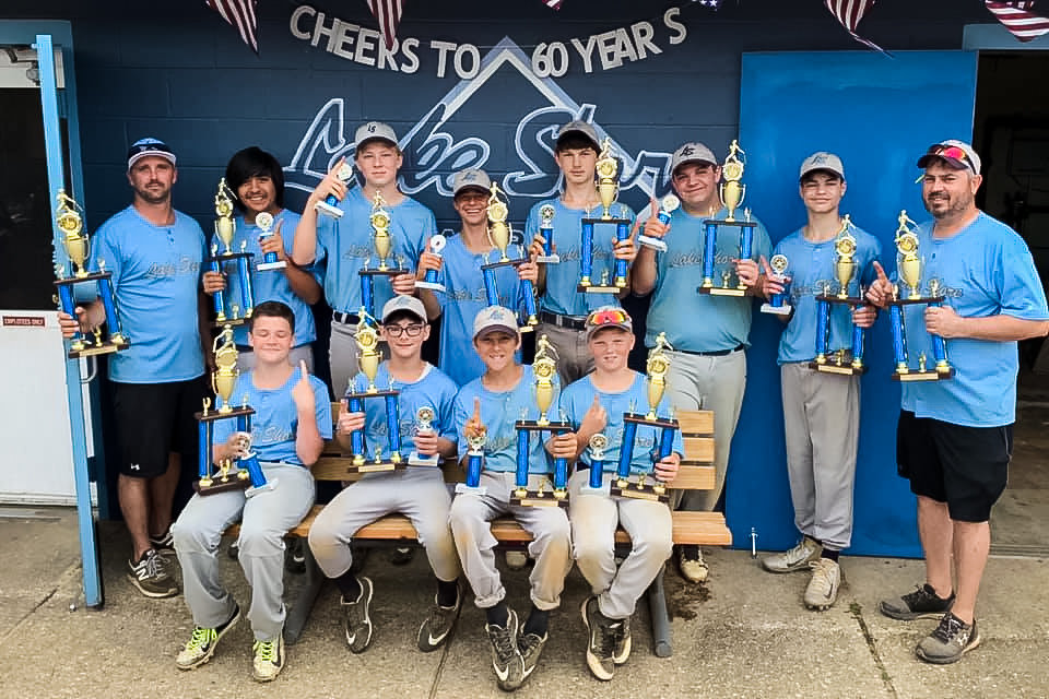 The clinic Dodgers, pinto Nationals, 12U Nationals and pony Carolina/Gray baseball teams were champions of Lake Shore Baseball's annual Best In House tournaments.